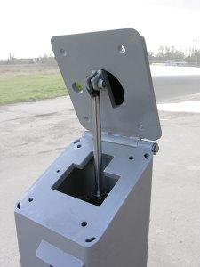 detail hydraulisch kantelbare cameramast